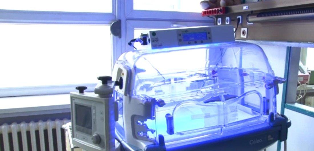 Dečjoj bolnici u Novom Sadu doniran inkubator preko UNICEF-a