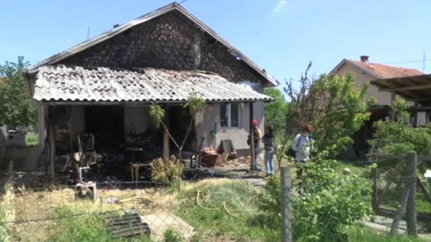 Decu su izvlačili iz kuće u plamenu kroz prozor, sada žive od pomoći