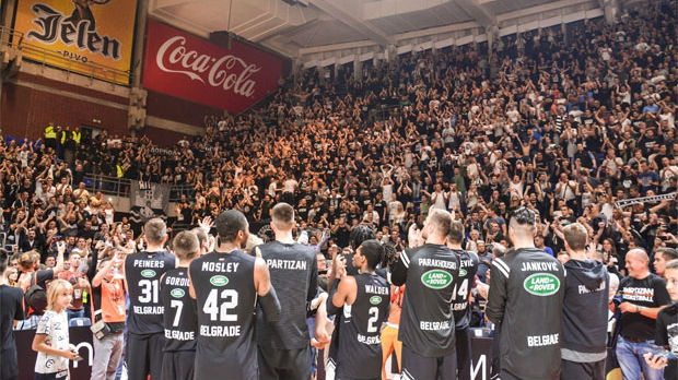 Deker: Niko na svetu nema publiku kao Partizan