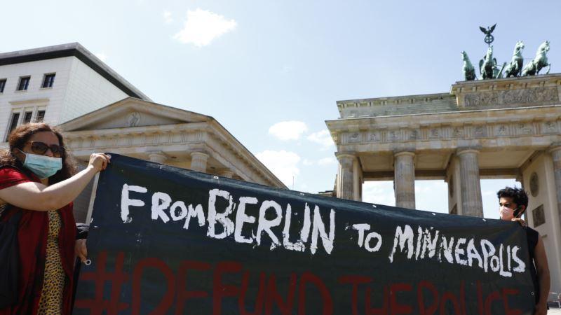 Demonstracije protiv rasizma od Australije do Evrope