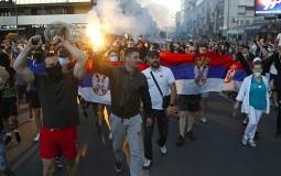 Demonstranti napali ekipu RTS-a u Nišu