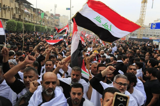 Demonstranti u Bagdadu zauzeli trg, sve bliže Zelenoj zoni