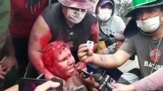 Demonstranti u Boliviji ofarbali i ošišali gradonačelnicu Vinta
