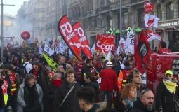 Demonstranti u Parizu upali u sedište najvećeg francuskog sindikata