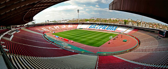 Zvezda rutinski protiv Voše, 25.000 navijača pozdravilo Stankovića