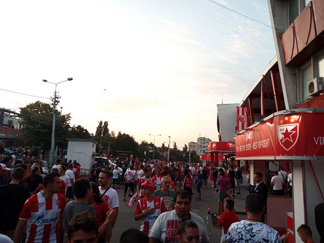 Detalji iz Beograda, grmi na sve strane! (video)