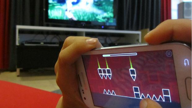 Devojčica četiri noći igrala igrice i gledala filmove, završila u bolnici