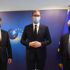 Dijalog je važan, Srbija je najvažnija! Vučić poslao poruku pred sastanak sa Boreljom i Lajčakom (FOTO)