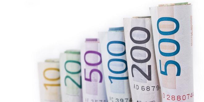 Dinar na samom vrhu liste među 25 konkurenata