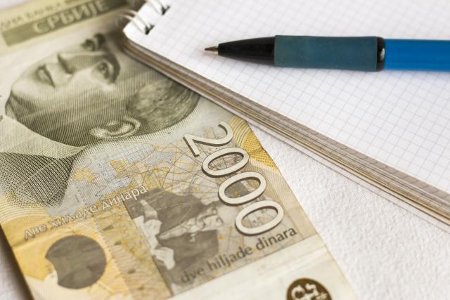 Dinar stagnira, srednji kurs 118,04