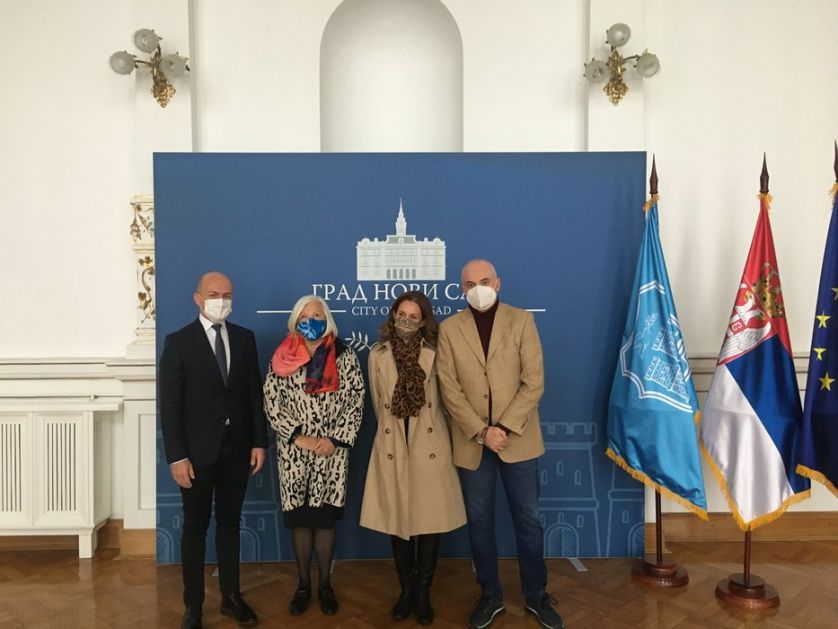 Direktorka Foruma slovenskih kultura u poseti gradskoj kući u Novom Sadu
