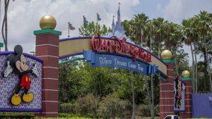 Dizni otvara zabavni park uprkos skoku broja zaraženih korona virusom