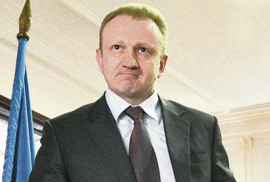 ĐILAS STAVIO ŠAPU NA SVE PARTIJE: Razbucao DS i Dveri, sad otima Jeremićeve članove!