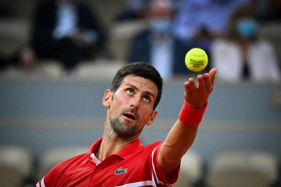 ĐOKOVIĆ SE KOD NADALA PRIPREMA ZA VIMBLDON: Novak u svoj raspored uvrstio još jedan turnir! Igraće u dublu!