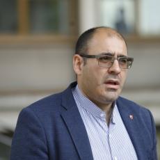 ĐUKANOVIĆ OŠTAR NA FEJSBUKU: Traži smenu kompletnog Gradskog odbora SNS Beograd, a posebno smenu predsednika GO