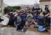 Studenti na kolenima, snimci šokirali Francusku VIDEO