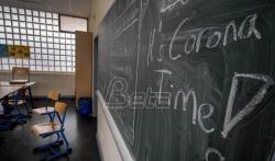 Djaci s maskama u razredu ili ne - ni Nemci još ne znaju