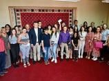 Đacima generacije pirotskih škola od Gradske uprave po 12.500 dinara