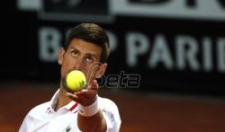 Djoković nakon pauze zbog kiše pobedio Frica na turniru u Rimu