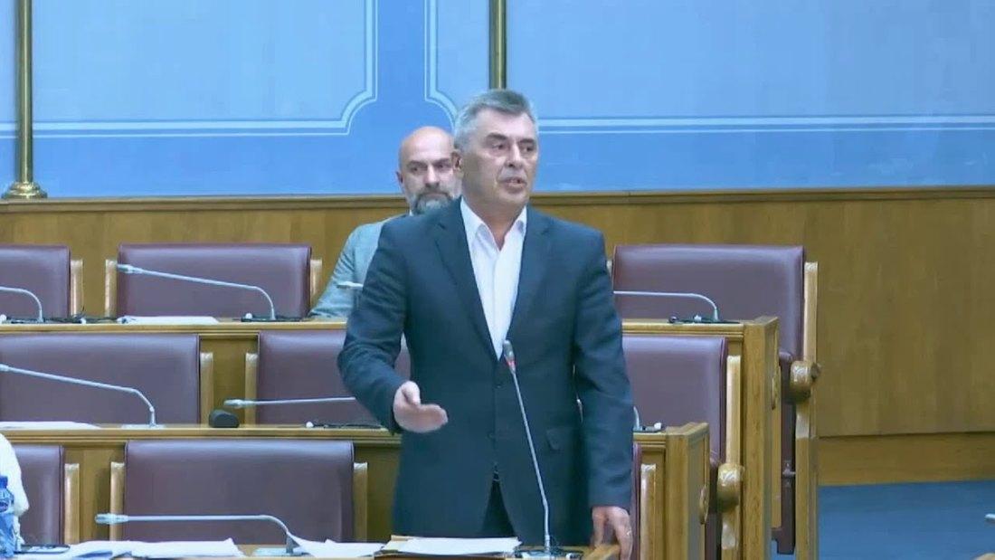 Đukanović (DF): Rezolucija o Srebrenici antisrpski akt