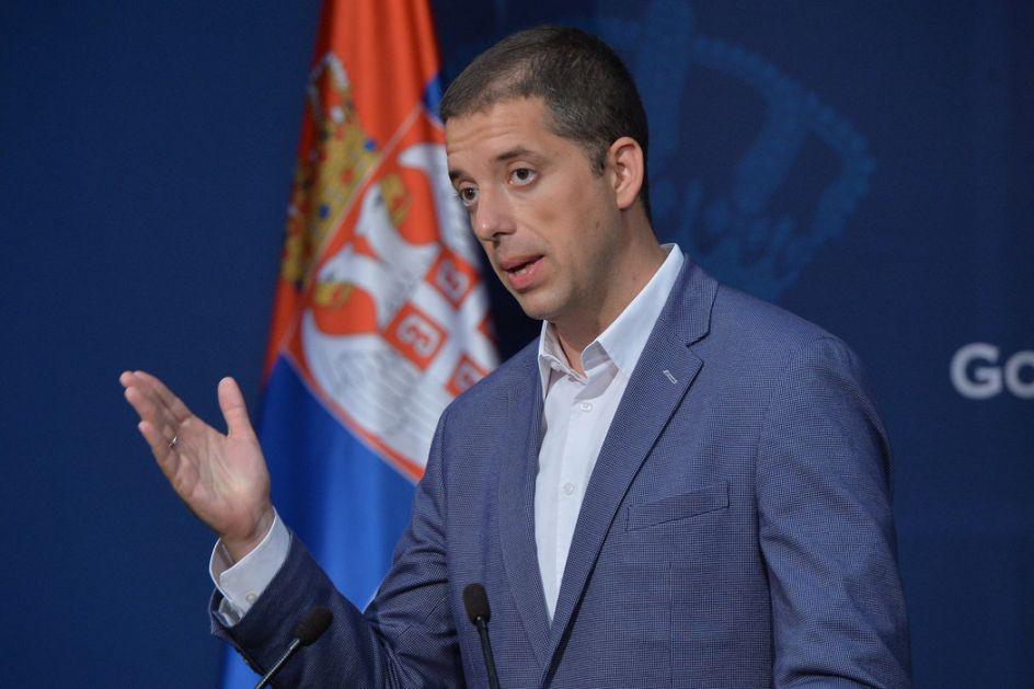 Đurić: Vučić ne ćuti kao što je ćutala Đilasova vlast