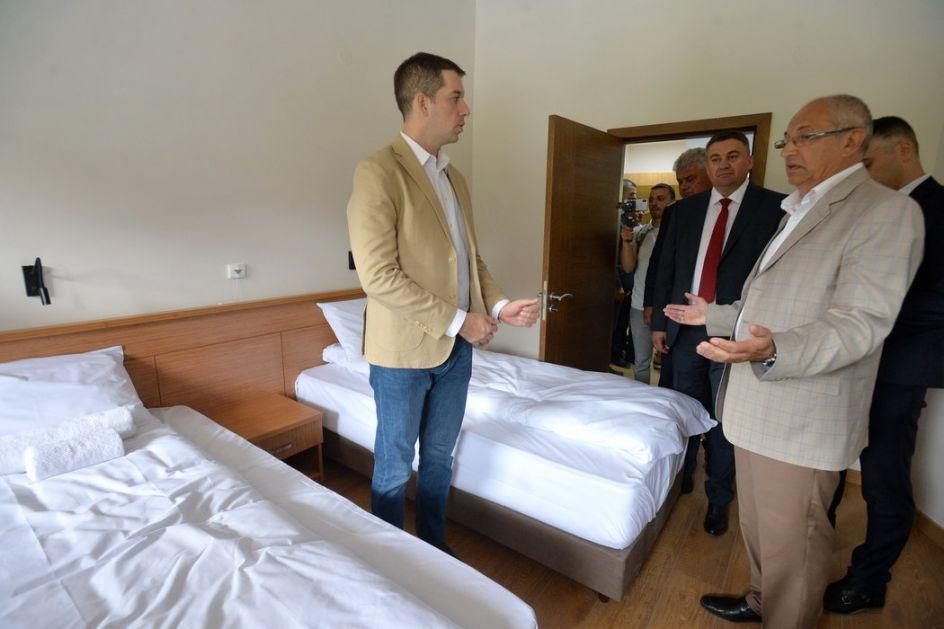 Đurić otvorio novi hotel u Rajskoj banji u Banjskoj