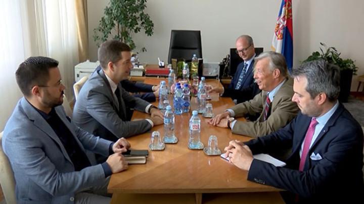 Đurić sa poslanikom AFD o situaciji na KIM i položaju Srba:Srbija je opredeljena za mirno rešavanje problema u odnosima s Prištinom