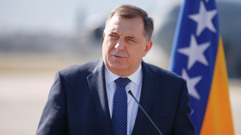 Dodik: Crnogorski poslanici koji su glasali za Rezoluciju nisu dobrodošli u RS