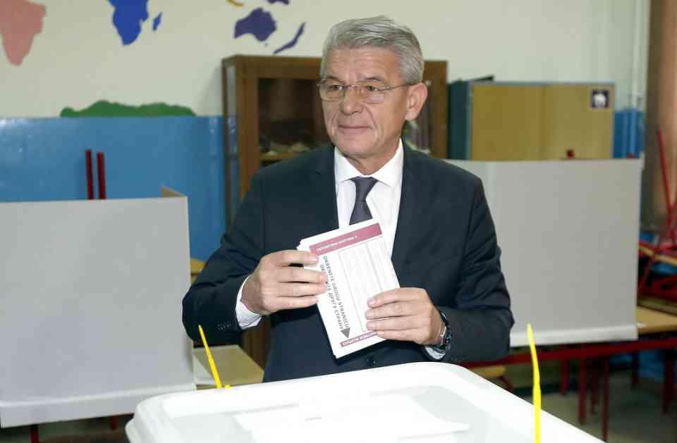 Dodik: Džaferović i Komšić uneće ratnu politiku