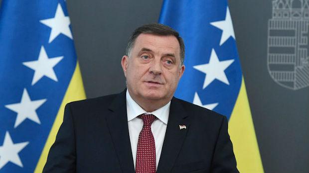Dodik: Džaferović mogao samo privatno da razgovara sa Kurtijem