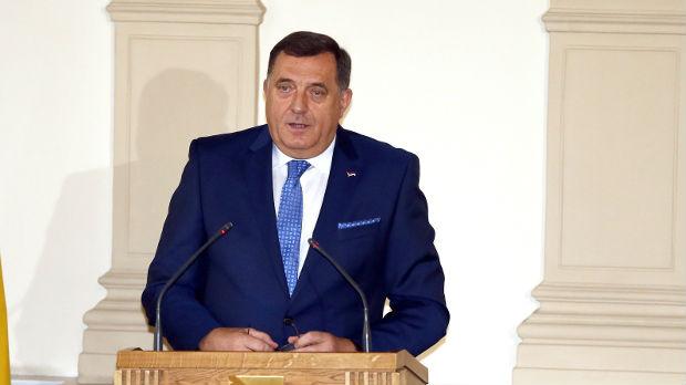 Dodik: Histerija oko Dana RS potvrđuje upitnost opstanka BiH