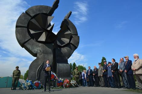 Dodik: Vučić u nedelju na komemoraciji u Donjoj Gradini