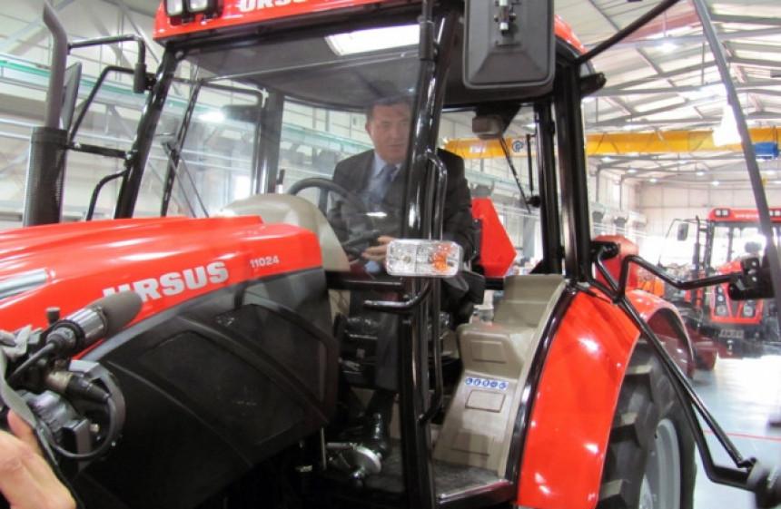 Dodikovi dobili državnu pomoć za nabavku još jednog traktora