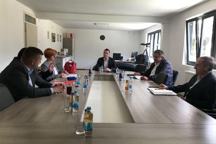 """Dogovoreno postepeno povećanje plata zaposlenim u NP """"Sutjeska"""""""