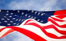 Dojče vele: I Holivud podeljen pred izbore u SAD