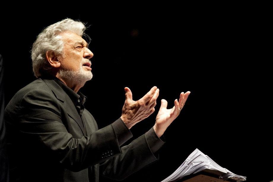Domingo podneo ostavku kao direktor Opere u Los Anđelesu