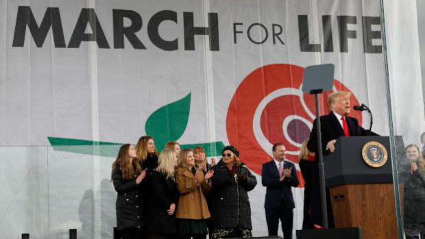 Donald Tramp – prvi predsednik koji je učestvovao u Maršu za život