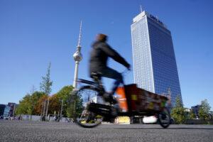Dostava električnim kargo-biciklima 60 odsto brža nego kombijima
