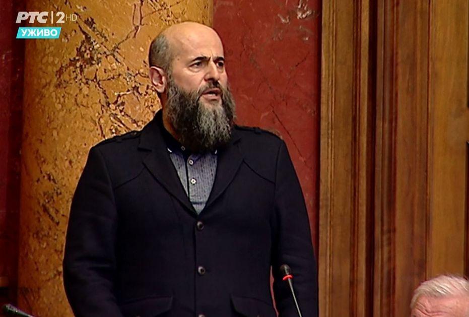 Dr. Zukorlić: Usvojiti novi Zakon kojim bi se potpuno zabranile igre na sreću