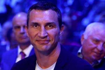 Drama na Majorki: Vladimir Kličko spasen iz ZAPALJENE JAHTE, oglasio se i sam bokser! (video)
