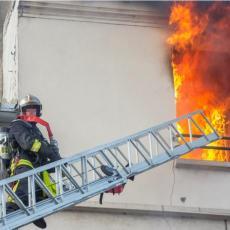 Drama na sedmom spratu! Frižider izazvao požar u centru Niša