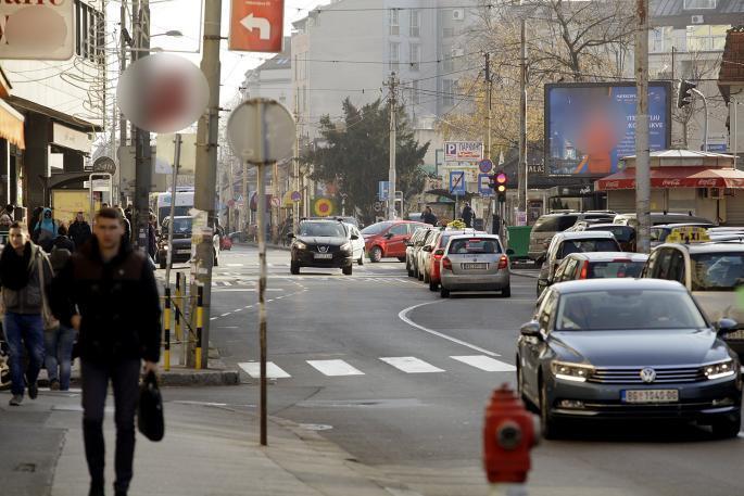 Drastično ograničenje brzine stiže na Balkan! U gradu u našem komšiluku možete samo da jurite do ove brzine!