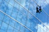 Dronovi zamenjuju perače prozora na velikim visinama