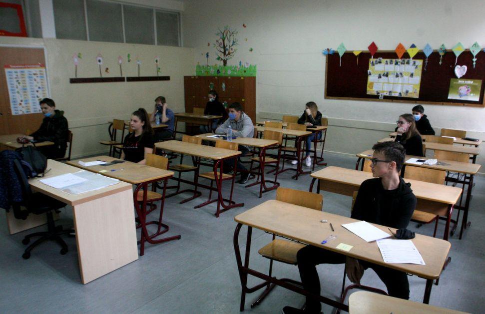 Drugi dan probe male mature, danas test iz matematike