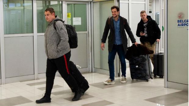 Državljani Srbije iz karantina u Francuskoj stigli u Beograd, zahvaljuju na podršci