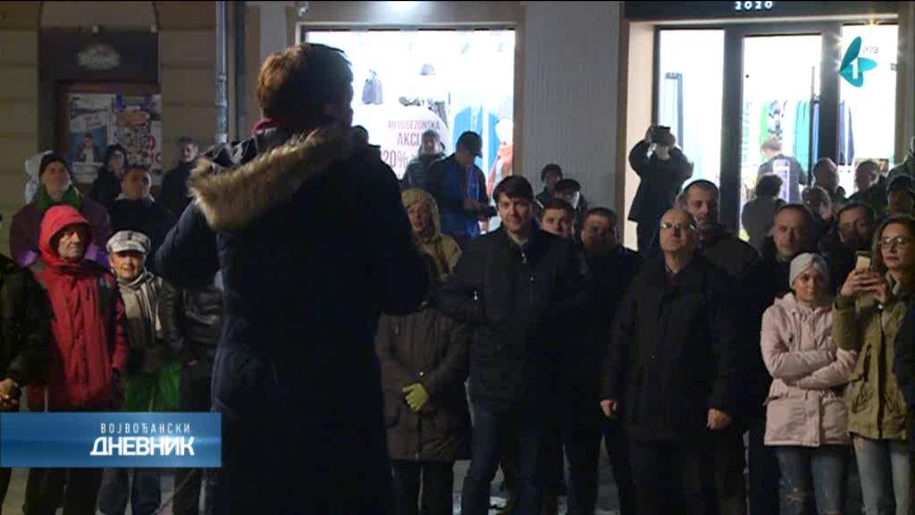Dva incidenta na novosadskom protestu Saveza za Srbiju
