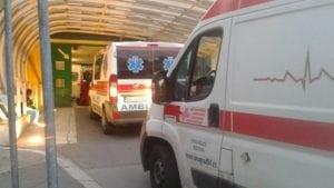 Dva putnika lakše povređena u sudaru kamiona i autobusa u Nišu