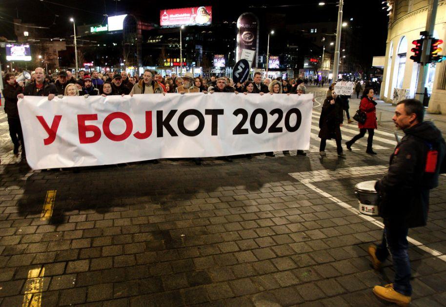 Dve šetnje u Beogradu, zajedno do RTS-a