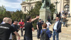 Dveri pozvale političke stranke, intelektualce i rodoljube da se pridruže štrajku Boška Obradovića