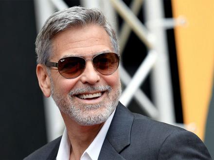 Džordž Kluni pokreće program za siromašne srednjoškolce
